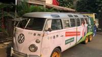 Dapat Tugas Mulia, VW Kombi Ini Dimodifikasi Jadi Mobil Vaksin Keliling