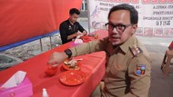 Makan 20 Menit di Warung Pecel Lele, Walkot Bogor: Kayak Kesiangan Sahur!