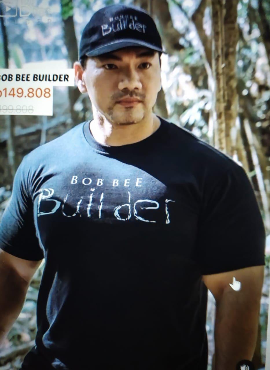 Charles Robin Lie alias Bob Bee Builder, youtuber makanan ekstrem