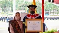Jazilul Fawaid Raih Gelar Doktor Ilmu Pemerintahan dari IPDN