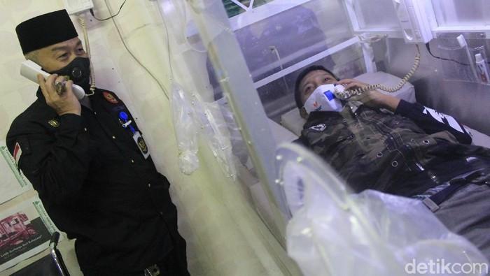 Kabin khusus untuk merawat pasien COVID-19, inovasi warga Bandung.