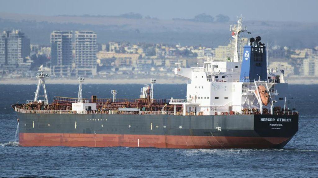 Israel Tuduh Iran Dalangi Serangan ke Kapal Tanker di Perairan Oman