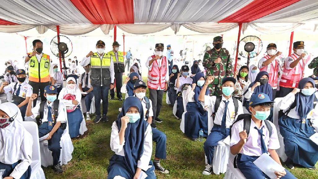 Kemenhub Targetkan 4.000 Penerima Vaksin COVID di Sekolah Transportasi