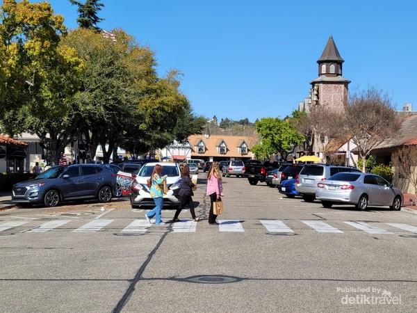 Inilah Solvang, kampung Denmark di Amerika Serikat