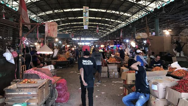 Pemandangan pasar di Kramat Jati, Jaktim