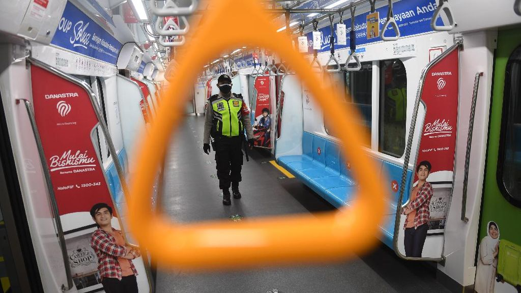 Kondisi Saat Kereta MRT Jakarta Alami Putus Listrik