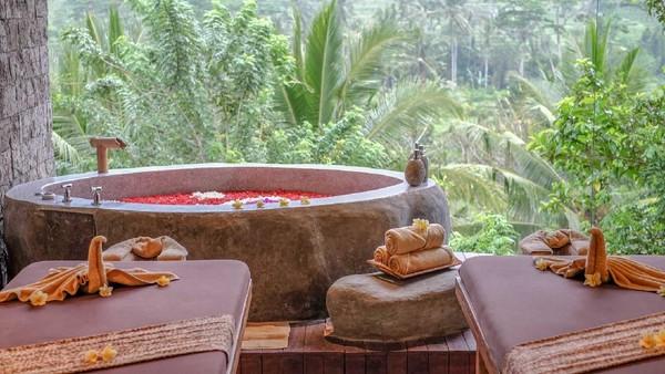 Ada juga fasilitas spa. Di hotel ini, traveler juga bisa melakukan aktivitas trekking menyusuri areal persawahan atau keliling resort naik sepeda. (wapadiumesidemen.com)