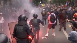 Bentrokan Meletus di Paris, Polisi Vs Pedemo Tolak Aturan Covid-19
