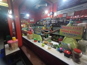 Sepi Pembeli, Pedagang Soto Khas Kudus Minta PPKM Tak Diperpanjang Lagi
