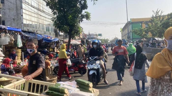 Suasana Pasar Minggu, Minggu (1/8/2021) (Foto: dok detikcom)