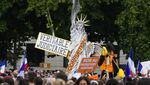 Tolak Aturan COVID-19, Demo di Prancis Berujung Ricuh