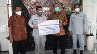 Jasa Raharja Serahkan 101 Pohon ke Pemkot Semarang Senilai Rp 50 Juta