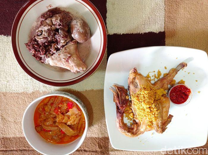 Ayam Goreng Madukoro : Gurih Empuk Ayam Kampung Goreng Langganan SBY