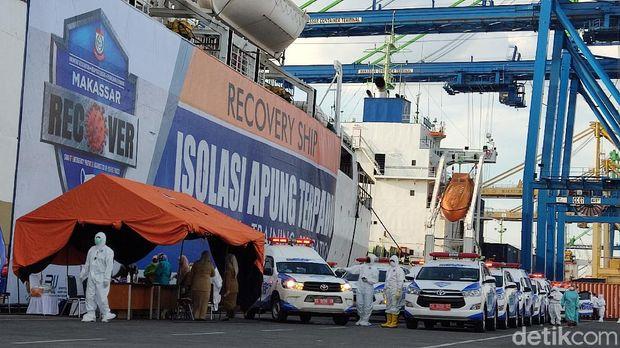 KM Umsini mulai beroperasi untuk isolasi mandiri warga Makassar positif COVID-19.