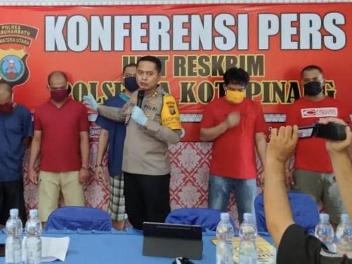 Konferensi pers di Polres Labuhanbatu (dok. Polisi)