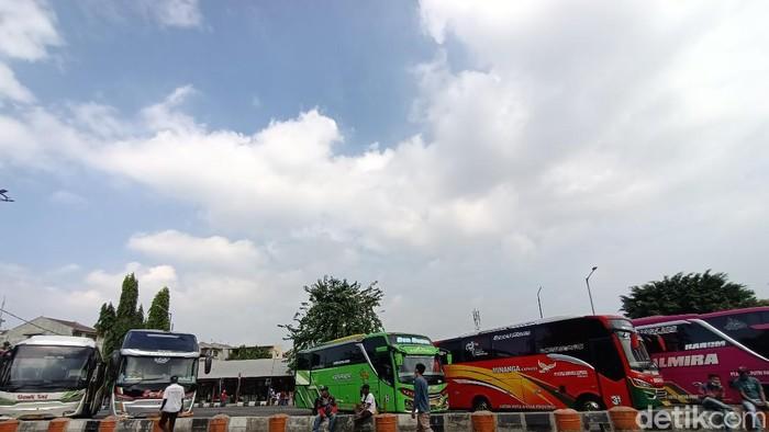 Suasana di Terminal Kalideres Jakbar