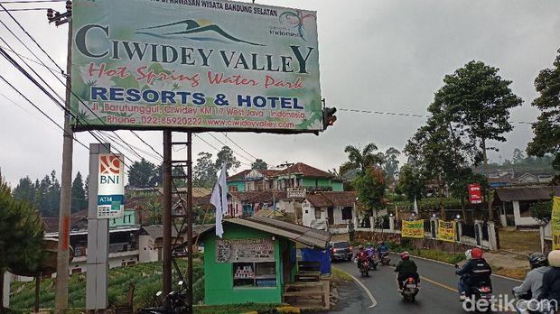 Wisata Ciwidey kibarkan bendera putih