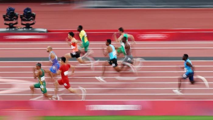Pelari Italia, Lamont Marcell Jacobs, menjadi manusia tercepat di Olimpiade Tokyo 2020. Ia berhasil meraih emas dari cabang atletik lari 100 meter putra.