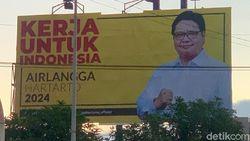 Baliho Airlangga Hartarto di Surabaya, Golkar Jatim: Mengenalkan Ketum