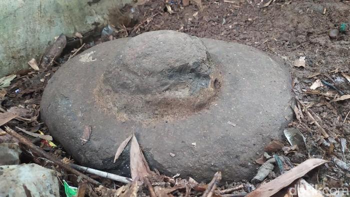 Batu Goong di Ciamis