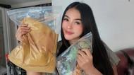 Kisah Mamah Muda Banting Setir dari Makeup Artist Jadi Pedagang Daster