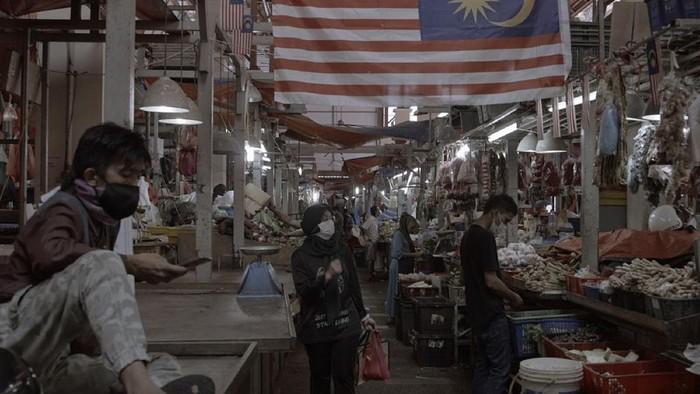 Penambahan kasus positif virus Corona yang terus melonjak, mengguncang beberapa negara di Asia. Salah satunya negara Malaysia.