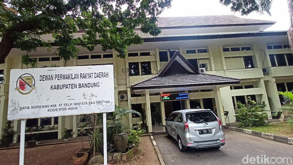 NasDem-Demokrat Minta Renovasi Ruang Komisi DPRD Kabupaten Bandung Ditunda