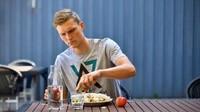 Viktor Axelsen, Juara Olimpiade Bulu Tangkis yang Hobi Makan Sehat