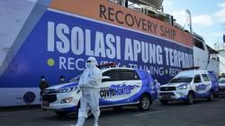 PT Pelni mengubah Kapal Laut Umsini menjadi tempat Isolasi Apung Terpadu bagi Pasien COVID-19 tak bergejala. Untuk antar obatnya saja pakai drone. Keren!