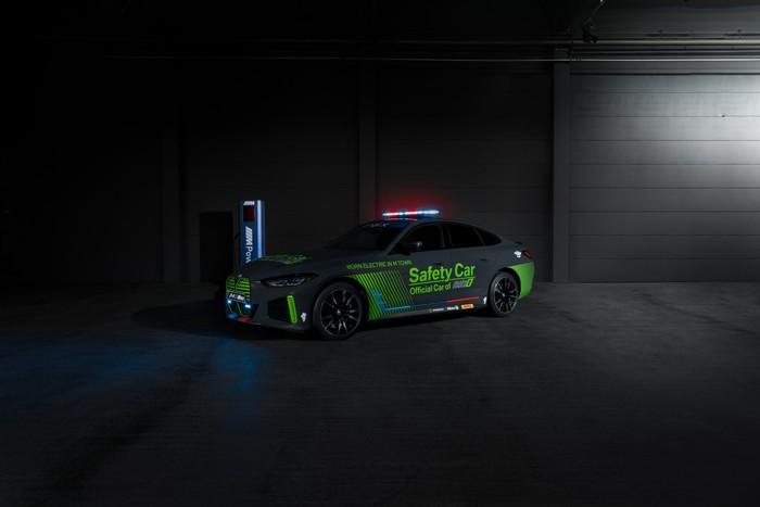 Mobil Listrik Pertama BMW M Jadi Safety Car MotoE