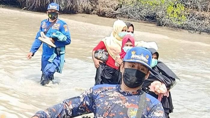 Sebanyak empat warga etnis Rohingya, Myanmar, diamankan saat akan pergi ke Malaysia secara ilegal (dok Istimewa)