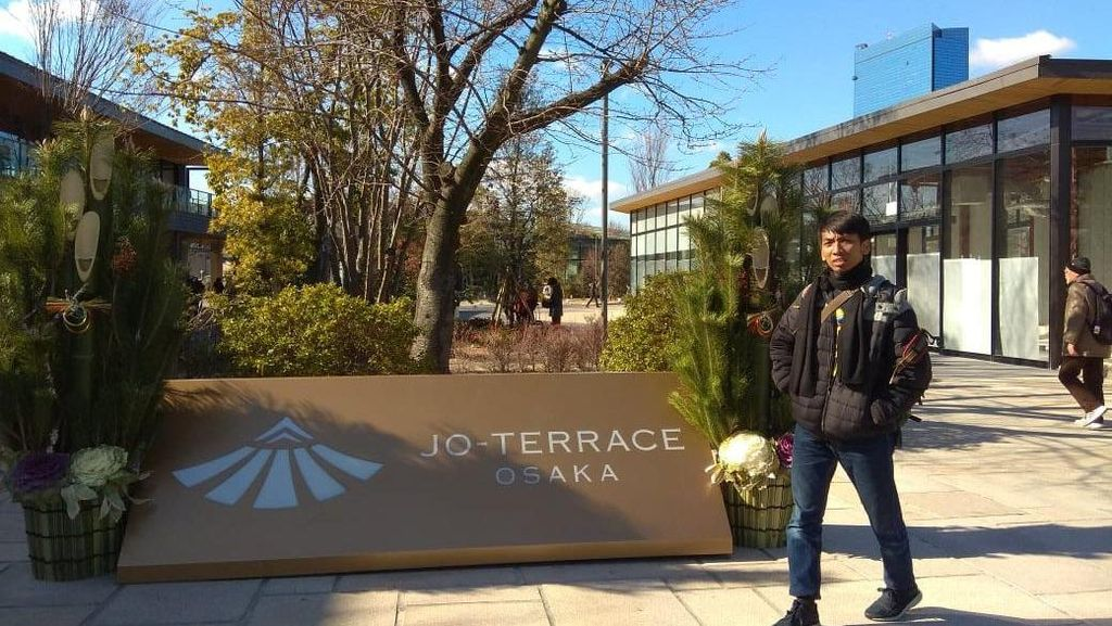 Dipercaya Bekerja ke Jepang, Ini Cerita Sukses Alumni FIB Undip
