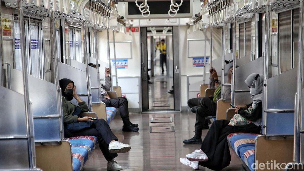 Cek di Sini! Syarat Terbaru Naik Transjakarta, MRT, dan KRL