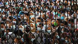 Satgas Sentil Kerumunan Vaksinasi COVID-19 di Medan, Khawatir Klaster Baru