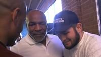Mike Tyson Ketemu Khabib Nurmagomedov: Assalamualaikum, Saudaraku