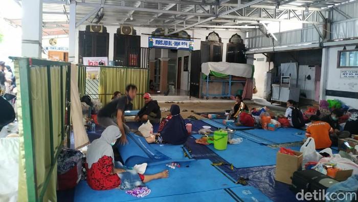 Lokasi pengungsian kebakaran Karet Tengsin, Jakpus