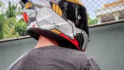 Tren Airbrush Helm Naik Lagi, Modifikator Helm Ini Dapat Pesanan dari Luar Negeri