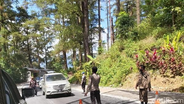 Menindaklanjuti Surat Edaran Bupati, seluruh objek wisata di Malino sementara ditutup. (Ibnu Munsir/detikcom)