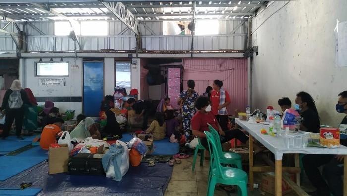 Suasana pengungsian korban kebakaran di Jakpus (Athika-detikcom)