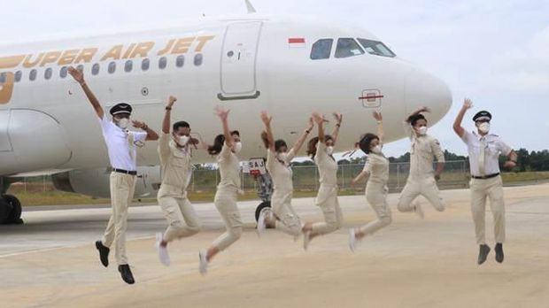 Super crew Super Air Jet.