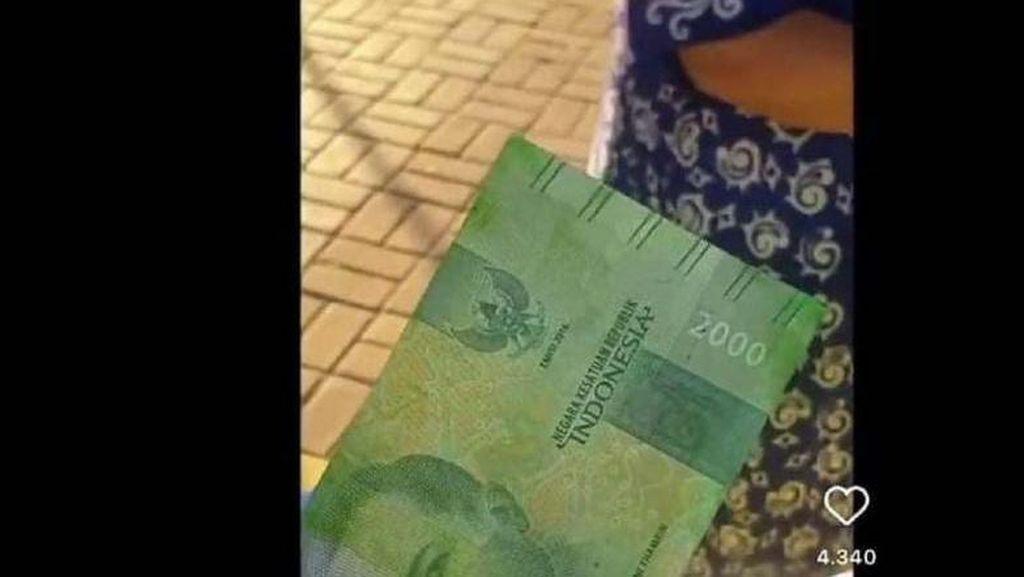 Deretan Uang Rupiah Viral: Disemprot Hijau hingga Dijual Rp 1 Miliar