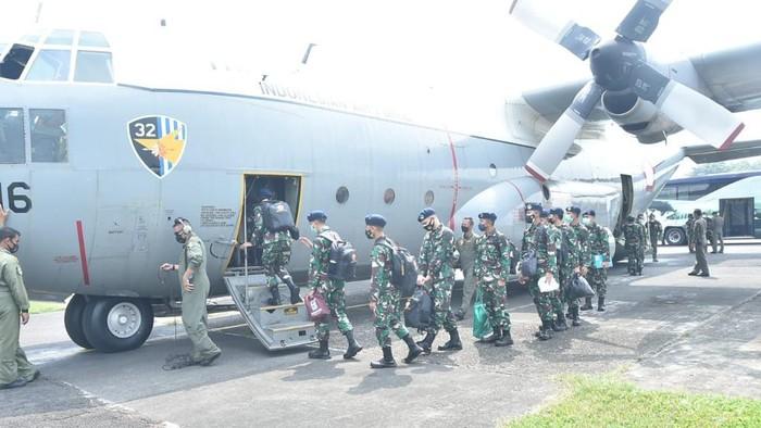 14 nakes perwira pertama TNI dikirim ke Kalimantan untuk bantu atasi COVID-19