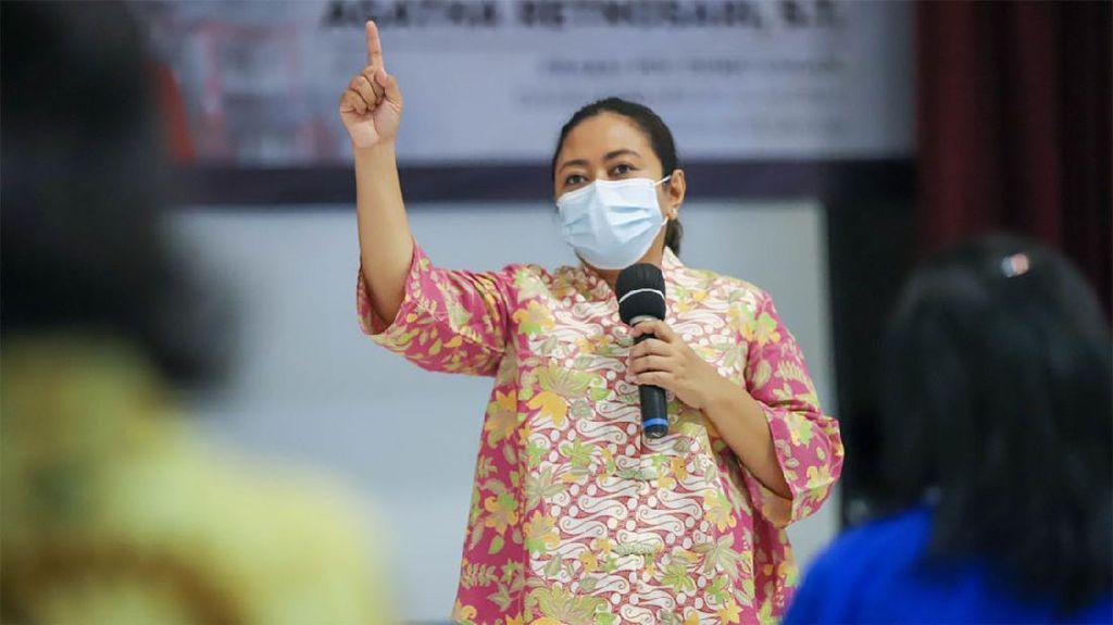 Prihatin Ada Rebutan Vaksin Kedua di Surabaya, Agatha: Gunakan Teknologi