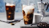 Cuma Pakai Kopi Instan, Bisa Bikin Es Kopi Susu yang Enak