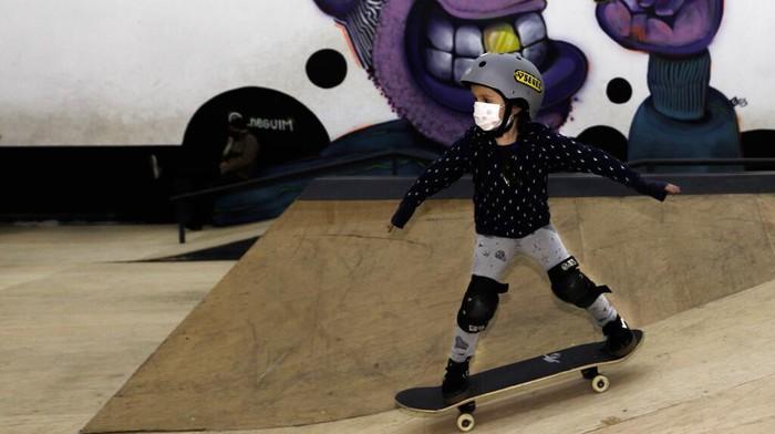Skateboard kian digandrungi anak-anak di Brasil usai atlet skateboard Brasil yang masih berusia 13 tahun sukses raih medali perak di Olimpiade Tokyo 2020.