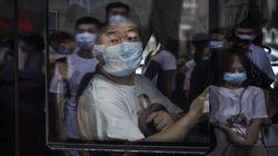 China Lagi-lagi Diamuk COVID-19, Warga Kembali Diminta Tinggal di Rumah