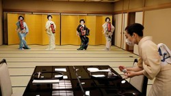 Potret Geisha Tokyo di Masa Pandemi