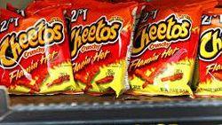 Lays, Doritos, dan Cheetos Berhenti Produksi hingga Tempat Makan Bakso Tetelan Enak
