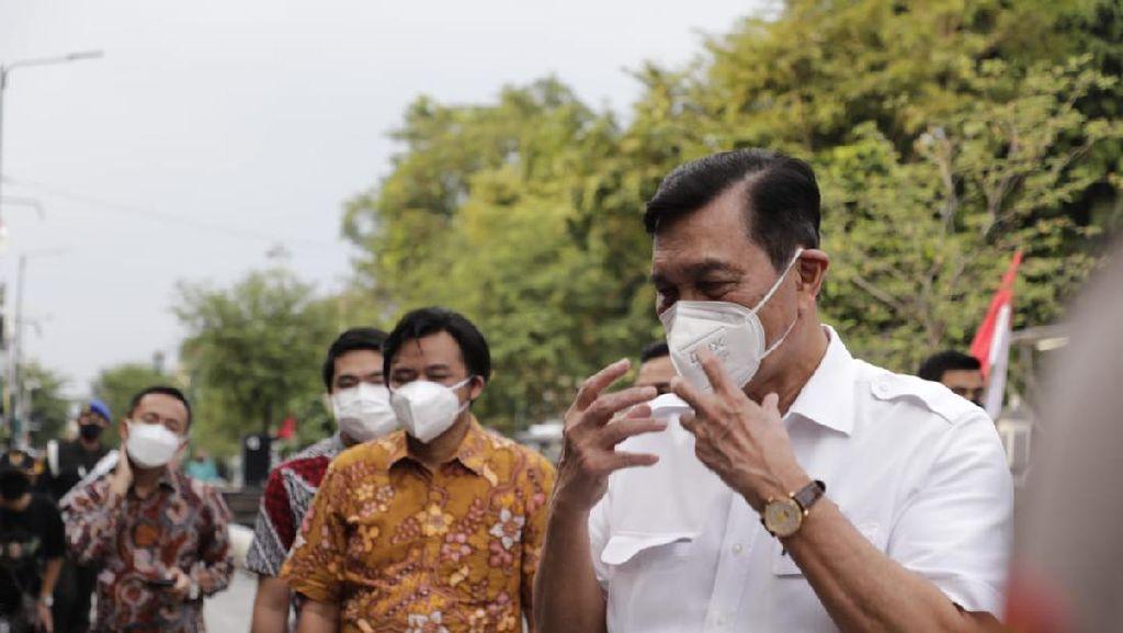 Luhut Sebut Tantangan Tangani Covid-19 di Luar Jawa-Bali Lebih Besar