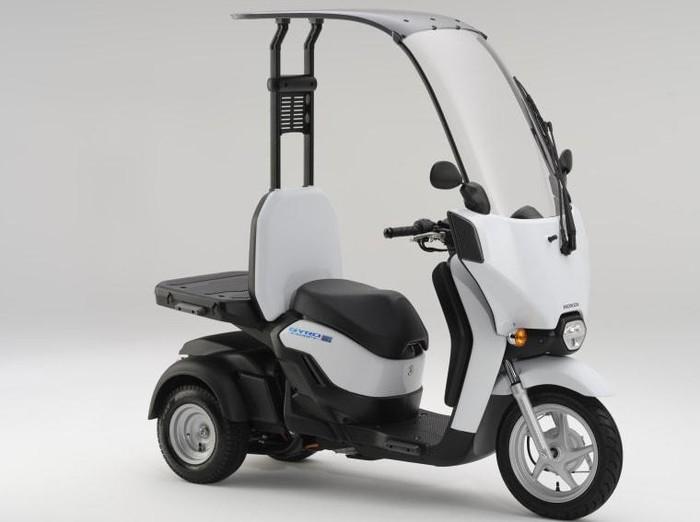 Motor roda tiga Honda Gyro Canopy